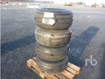 31x13.5R15 Qty Of 4 Wheels - hjul/ dæk